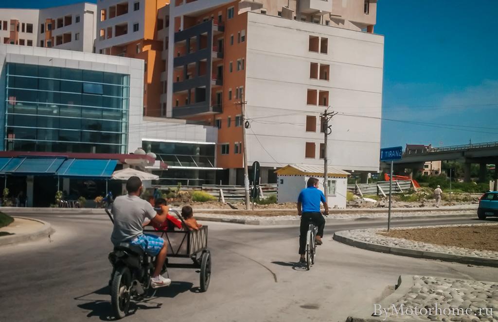 Картинки по запросу Черногорию нищета