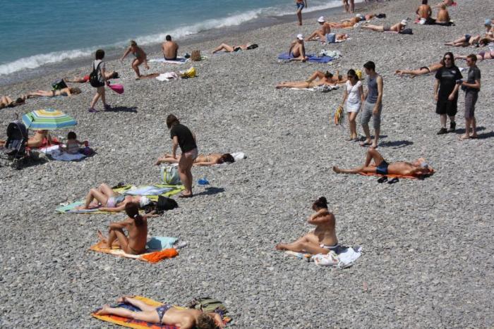 Девушки на пляже. Фото самых 40