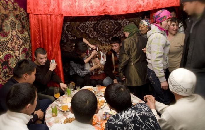 сватовство и знакомство традиции обычаи казахские